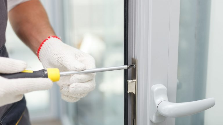 How to Choose the Right Locksmith Depends on Your Issue
